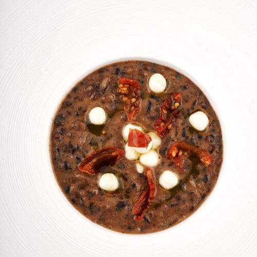 risi-e-legumi-con-perle-di-mozzarella-di-bufala-e-pomodori-secchi